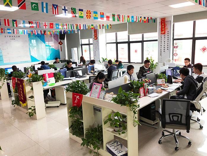 君威国际-办公室